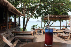 A tasty fruit smoothie from the restaurant at Castaway Resort