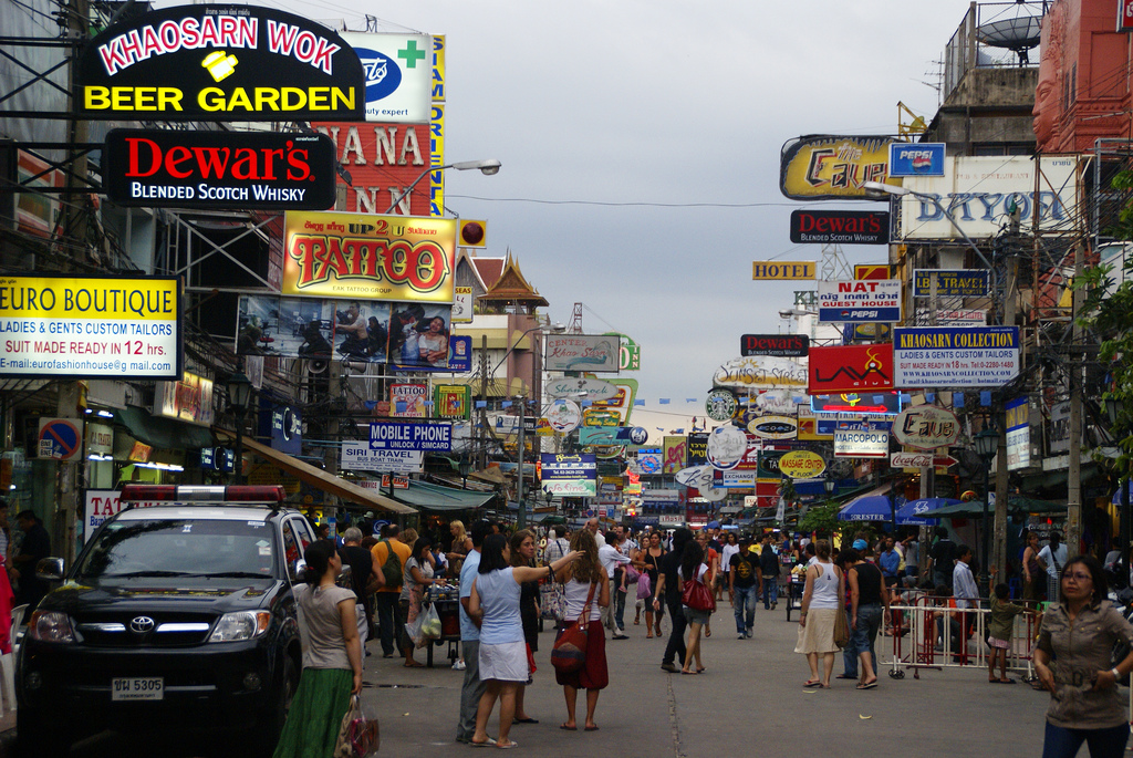 Khao San Road street sellers are set to be banned from Monday to Wednesday