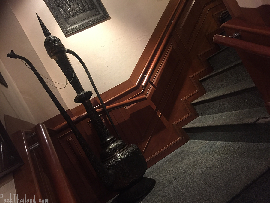 A large Indian shisha pipe on the stairs